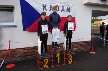 Honza Apolen a jeho druhé místo na 800m.
